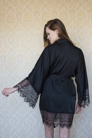 Sexy satin short black kimono robe | Luxury silk plus size ladies dressing gown image | IDentity Lingerie UK